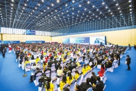 Cross-border Investment and trade meeting of Henan Industrial and Commercial Enterprises was held in 2017. The international